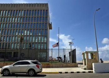 U.S. embassy in Cuba. Photo: Alejandro Ernesto / EFE.