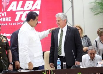 The presidents of Cuba, Miguel Díaz-Canel (c-r) and of Venezuela, Nicolás Maduro (c-l), during ALBA's 16th Summit of Heads of State and Government held on December 14, 2018 in Havana. Photo: @CubaMINREX / Twitter.