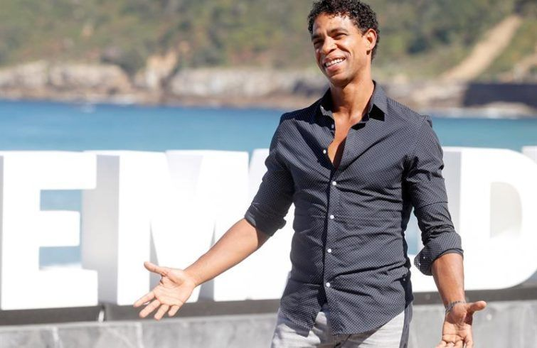 Carlos Acosta poses during the presentation of Yuli, which is competing in the official section of the 66th edition of the San Sebastian International Film Festival. Photo: Juan Herrero / EFE.