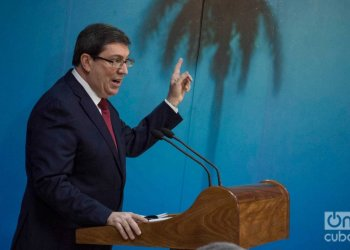 Cuban Minister of Foreign Affairs Bruno Rodríguez Parrilla giving a press conference in Havana. Photo: Otmaro Rodríguez.