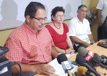 Representatives of the Cuban Ministry of Higher Education denounced at a press conference that the U.S. denied visas or made it impossible for some 200 Cuban academics to attend a congress of the Latin American Studies Association (LASA) in Boston. Photo: @HatzelVelaWPLG / Twitter.