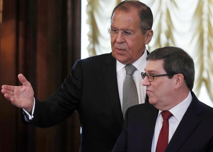 Russian Foreign Minister Sergey Lavrov received his Cuban counterpart Bruno Rodríguez Parrilla this Monday in Moscow. Photo: Sergei Ilnitsky / EFE.