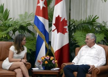 Cuban President Miguel Díaz-Canel received the Canadian foreign minister in Havana on Wednesday. Photo: Estudios Revolución / Cubadebate.