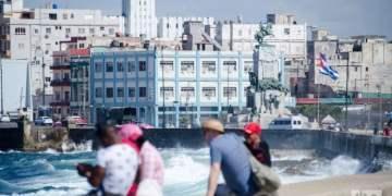 Havana's Malecón seawall. Photo: Kaloian.