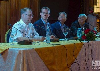 Press conference of the delegation of businessmen and politicians from Michigan visiting Cuba, at the Hotel Nacional, in Havana, on February 6, 2020. From left to right, Gary McDowell, Director of the state's Department of Agriculture; Chuck Lippstreu, current president of the Michigan Agri-Business Association (MABA); state Senator Daniel Lauwers; and James E. Byrum, outgoing president of the MABA. Photo: Otmaro Rodríguez.