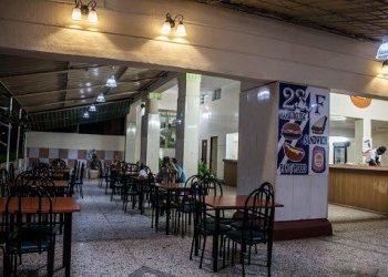 F and 23 cafeteria, in Vedado. Photo: trabajadores.cu