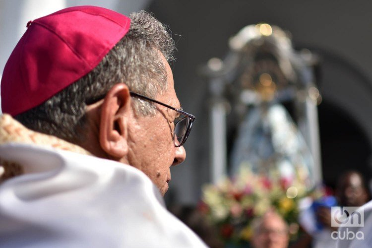 Juan de la Caridad García Rodríguez, new cardinal of the Catholic Church in Cuba, participates in the procession of the Our Lady of Regla, in Havana, on September 7, 2019. Photo: Otmaro Rodríguez.