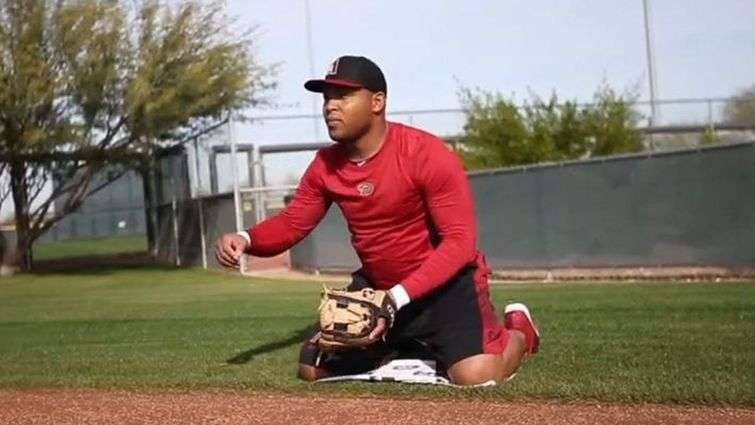 Yasmany Thomas has not been right to defense in the first days of training with the Diamondbacks