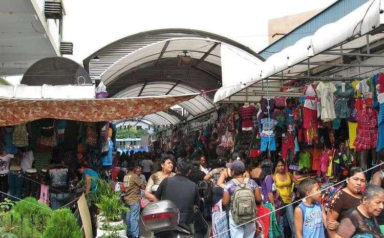 Mercado Bahía de Guayaquil, uno de los sitios más frecuentados por los cubanos. Foto: Tomada de El Universo