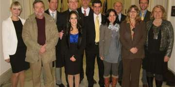 Durante uno de los viajes a Washington, junto al miembro de la Cámara de Representantes James McGovern, demócrata de Massachusetts.