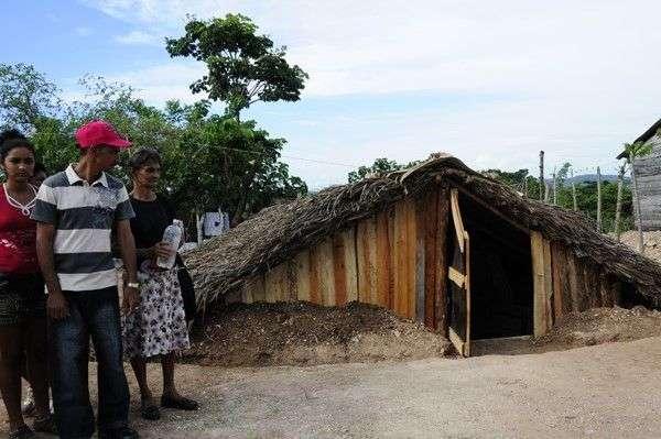 Nueva versión del Varaentierra, para protección en caso de huracanes. Foto: José Rubiera