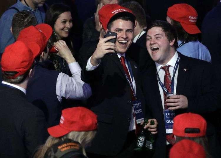 Electores de Donald Trump celebran la victoria de su candidato el 9 de noviembre de 2016. Foto: John Locher / AP.