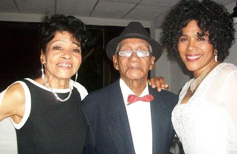 Amparo Valdés, Eloy Pozo and Emilia Morales, Leyenda.COM singers. Photo: Taken from Cuban Old Music's Facebook.
