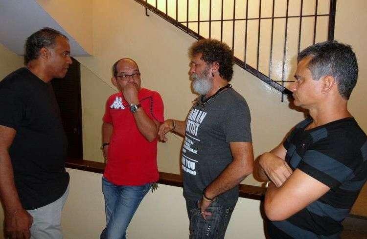 De izquierda a derecha, Omar Franco, Néstor Jiménez, Luis Alberto García y Miguel Moreno, actores del cortometraje Dominó. Foto cortesía de Eduardo del Llano.