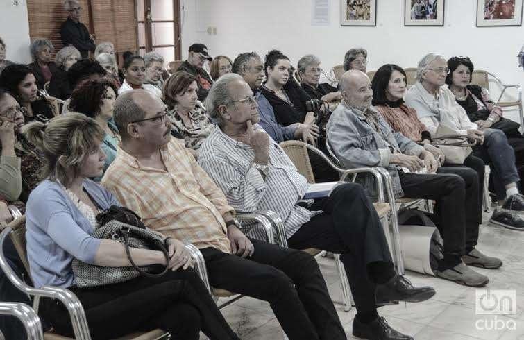 Homenaje en la UNEAC por los 20 años del filme Zafiros, locura azul, de Manuel Herrera. Foto: Reginos Sosa.