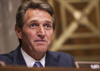 El ex senador republicano Jeff Flake. Foto: Getty Images / Archivo.