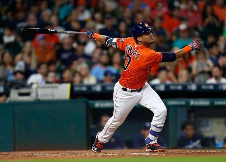 Yuli Gurriel llegó a la Serie Mundial con los Astros de Houston. Foto: Karen Warren / Houston Chronicle.