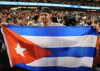 Yuli Gurriel ganó su primer anillo de Serie Mundial con los Astros de Houston.