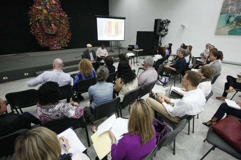 La Casa de las Américas recibe habitualmente a profesores y alumnos de varias universidades de Estados Unidos que integran el Consorcio de Estudios Avanzados en el Extranjero. Foto: La Ventana.