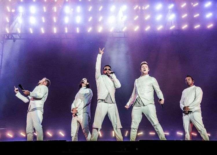 Brian Littrell, Kevin Richardson, AJ McLean, Nick Carter y Howie Dorough de los Backstreet Boys, de izquierda a derecha, actúan en el Festival d'ete de Quebec en Quebec City, en julio de 2017. Foto: Amy Harris / Invision / AP.