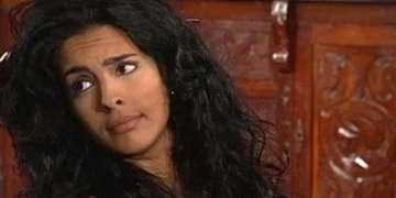 Dalaytti Martín interpreta a Marina, madre soltera, cuestionada y castigada por su padre y su ex pareja.