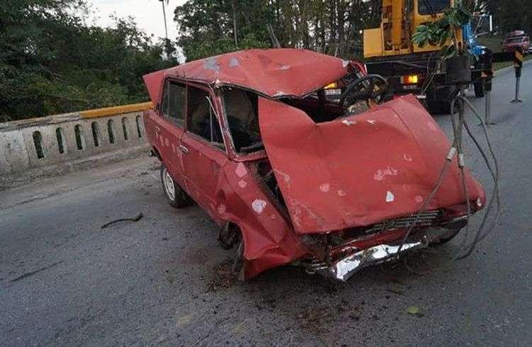 Automóvil accidentado en Villa Clara en marzo de 2018. Foto: Ministerio del Interior / Cubadebate.