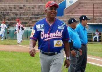 Rey Vicente Anglada como director en la liga de Panamá. Foto: El Siglo.