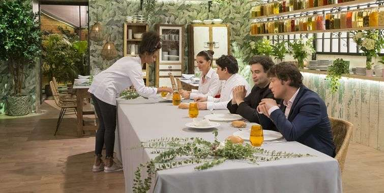 A very demanding jury, at time too much so, is one of this competition's characteristics. In this edition the judges were three great chefs: Samantha Vallejo-Nágera, Jordi Cruz (right) and Pepe Rodríguez Rey (at his side).