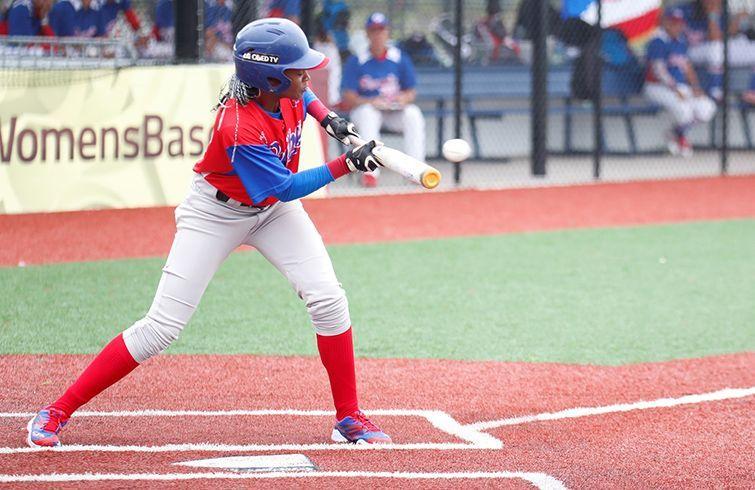 El bateo de Cuba fue uno de sus mejores renglones de juego en la Copa Mundial de Béisbol femenino. Foto: wbwc.wbsc.org