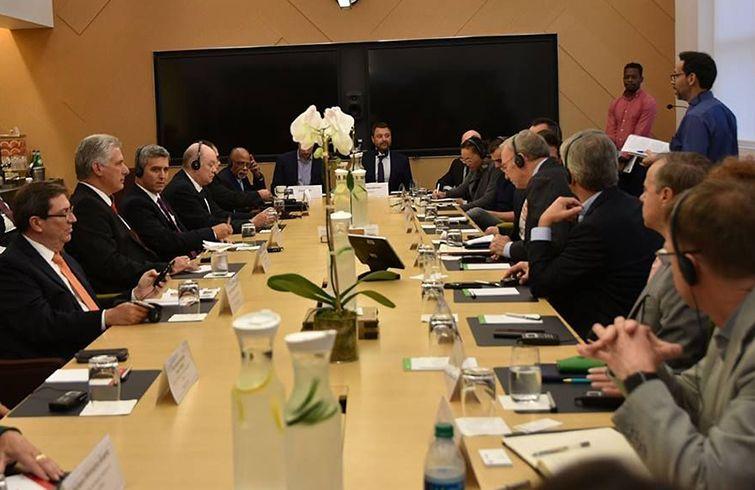 Miguel Díaz-Canel se reunió con directivos de empresas tecnológicas de Estados Unidos en la sede de Google en Nueva York, 24 de septiembre de 2018. Foto: Estudios Revolución / Cubadebate.
