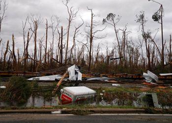 Vista de los daños ocasionados por el paso del huraván Michael por Panama City, Florida. Foto: Gerald Herbert / AP.