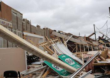 Vista de un edificio colapsado tras la llegada del huracán Michael, en Panama City, Florida. Foto: Dan Anderson / EFE.