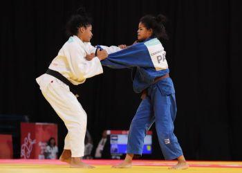 Con su bronce en los 52 kg, la judoca Nahomys Acosta (izq) dio a Cuba su primera medalla en los Juegos Olímpicos de la Juventud Buenos Aires 2018. Foto: @BitacoraPma / Twitter.