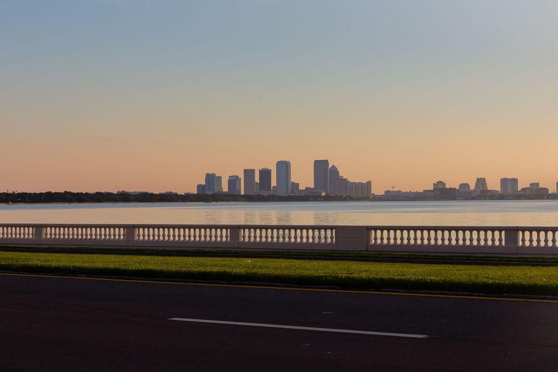Tampa y el Bayshore Boulevard. Foto: Matthew Paulson.