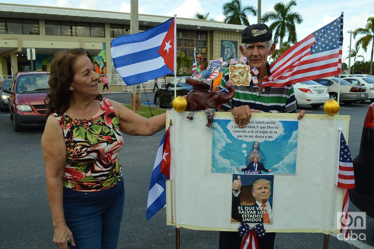 Cubanos en el Día de Elecciones en Miami. Foto: Marita Pérez Díaz.