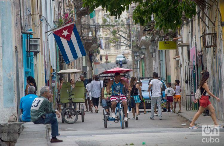 Calle Cuarteles, La Habana, Cuba. Foto: Otmaro Rodríguez.