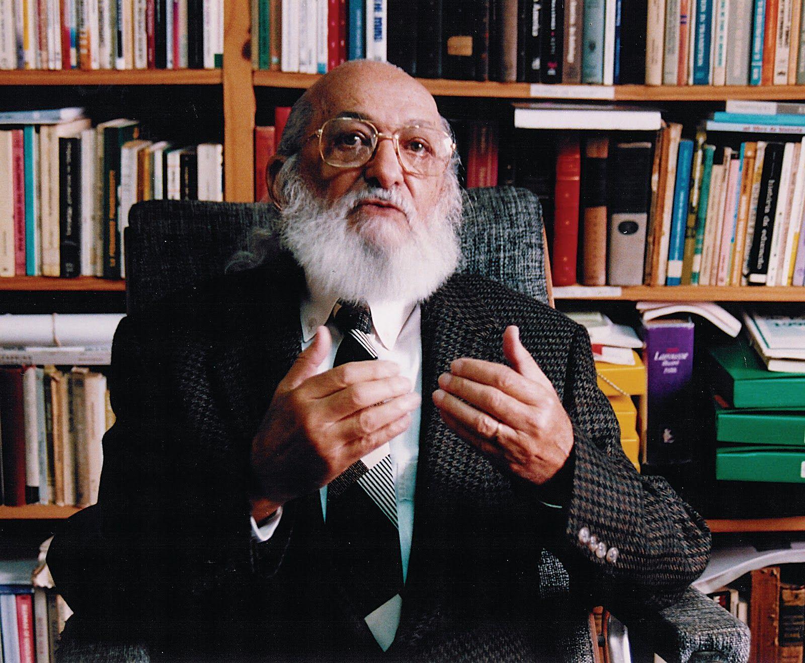 Paulo Freire, autor de Pedagogía del Oprimido.