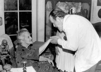 Eliseo Diego (der) junto a Dulce María Loynaz. Foto: Archivo familiar de Josefina de Diego.