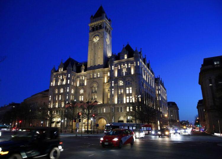 El hotel Trump International en Washington el 30 de enero de 2018. Foto: Alex Brandon / AP.
