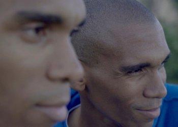 """Los gemelos cubanos Rubert y Rubildo Donatién, protagonistas del documental """"El mundo o nada"""" de la canadiense Ingrid Veninger. Foto: boxoffice.hotdocs.ca"""