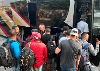 Inmigrantes cubano en Tapachula, México. Foto: Juan Manuel Blanco / EFE.