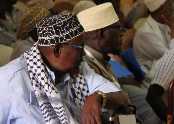 Ancianos de Mandera. Foto: interpeace.org.