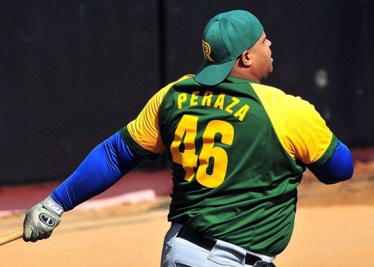 Yosvany Peraza fue uno de los jonroneros más consistentes del béisbol cubano en la pasada década. Foto: Ricardo López Hevia