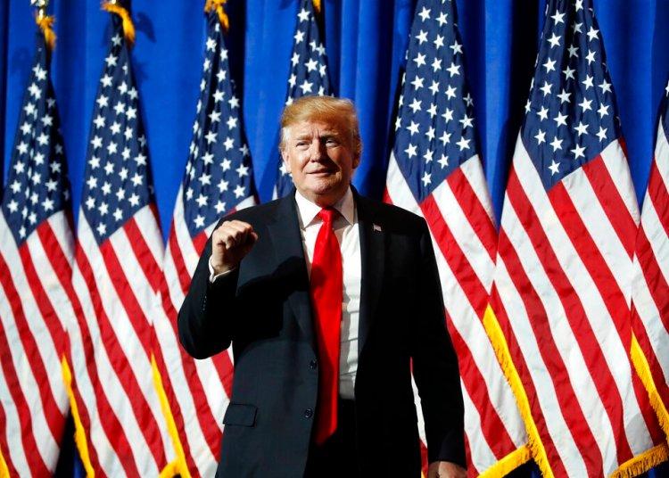 El presidente Donald Trump antes de un discurso en la Reunión Legislativa y Exposición Comercial de la Asociación Nacional de Corredores de Bienes Raíces, el viernes 17 de mayo de 2019 en Washington. Foto: Alex Brandon / AP.