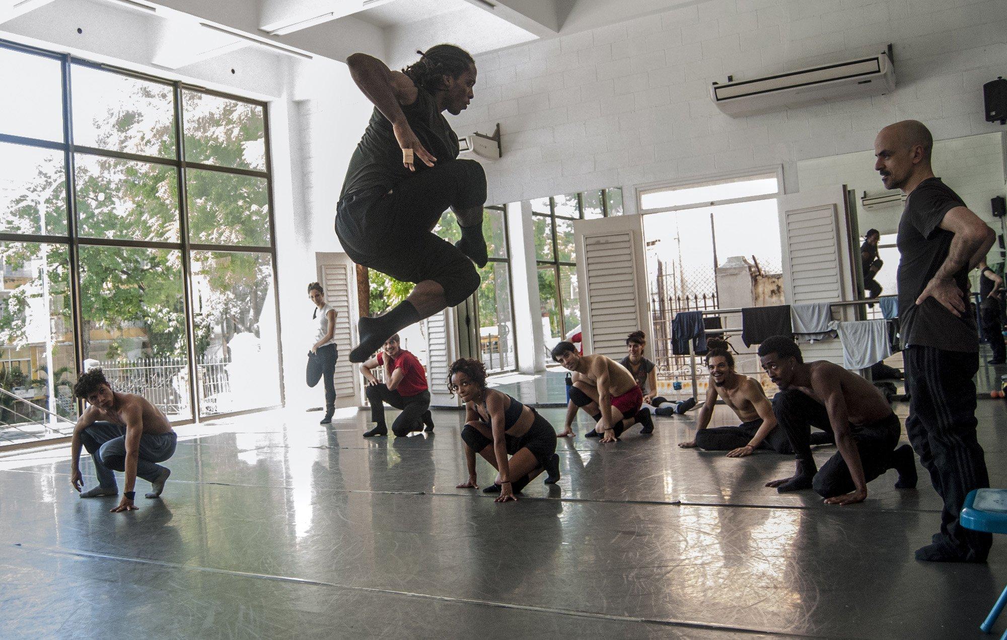 Goyo Montero Acosta Danza