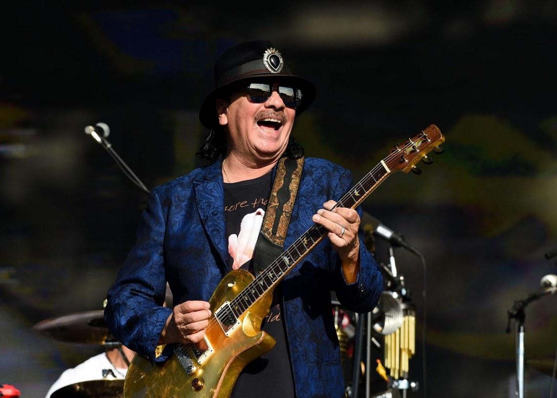 El guitarrista Carlos Santana será una de las estrellas del Festival Woodstock 50. Foto: Roger Goodgroves/Rolling Stone.