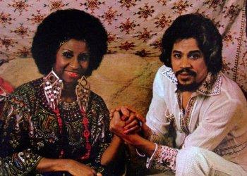 """La cubana Celia Cruz y el dominicano Johnny Pacheco, en la portada del disco """"Celia & Johnny"""", de la Fania. Foto: celiacruz.com"""
