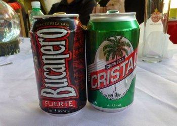 Las cervezas cubanas Bucanero y Cristal. Foto: todocuba.org