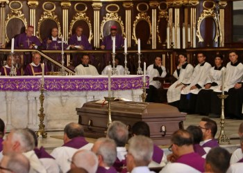 Exequias del Cardenal Jaime Ortega en la Catedral de La Habana, el domingo 28 de julio de 2019. Foto: Fernando Medina / POOL / EFE.