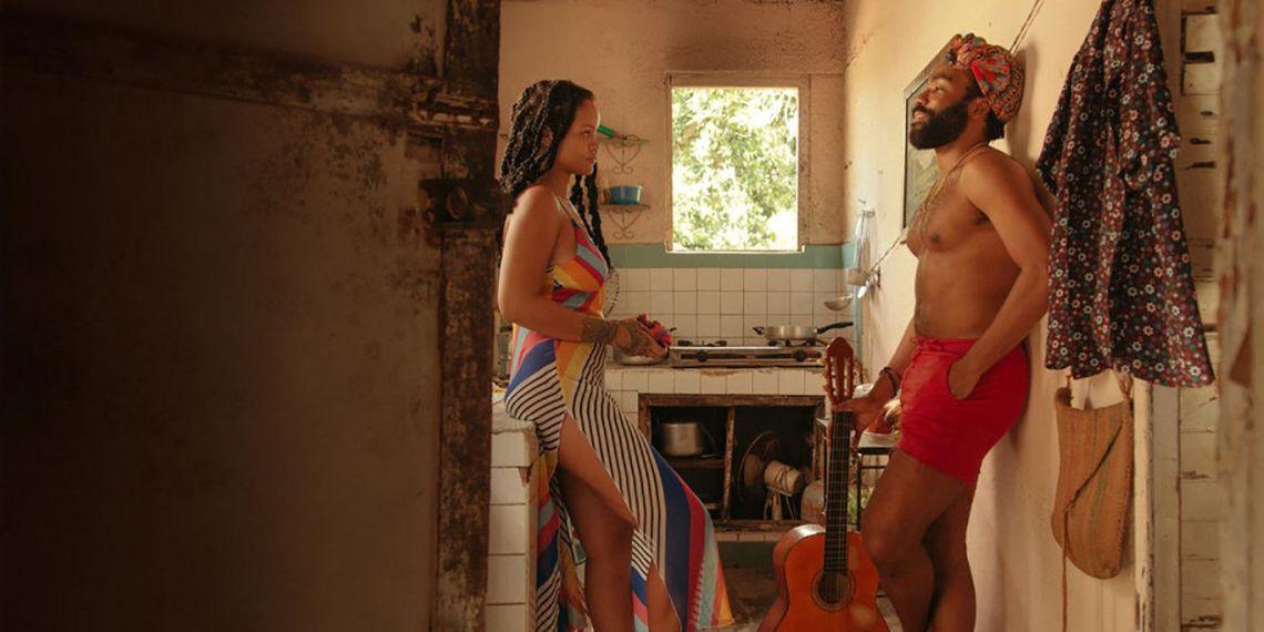 """Rihanna y Donald Glover en una escena del filme """"Guava Island"""", rodado en Cuba. Foto: Fotogramas."""